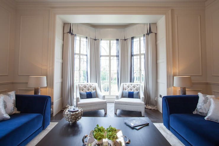 Restored Georgian splendour with modern indulgences:  Living room by Design by UBER