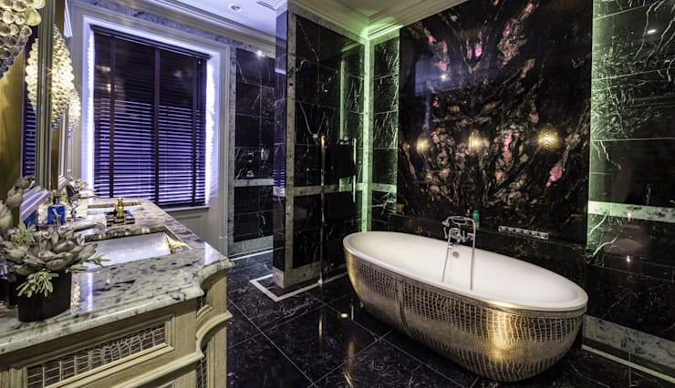Restored Georgian splendour with modern indulgences:  Bathroom by Design by UBER