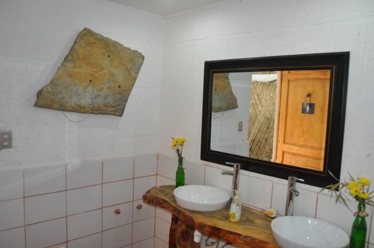 Calefacción Centro de Eventos Castaños del Maipo: Hoteles de estilo  por ALI-CURA,Rústico