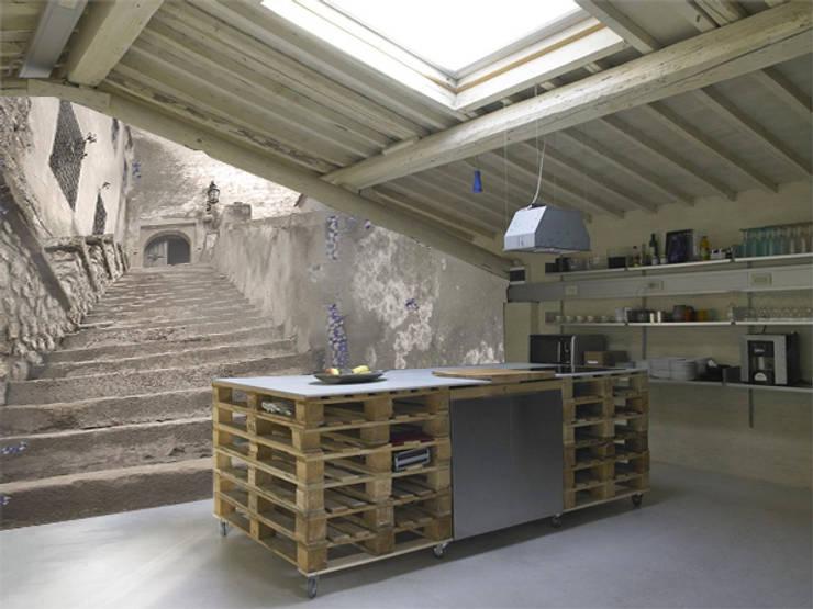 step: Cucina in stile  di Creativespace