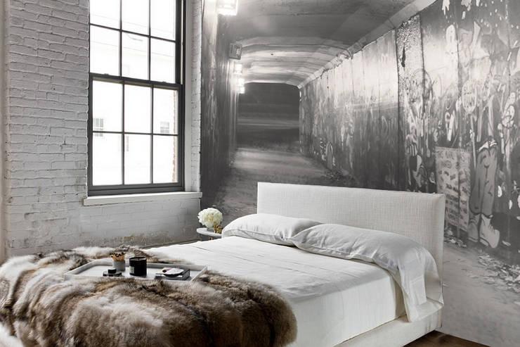 gate: Camera da letto in stile  di Creativespace