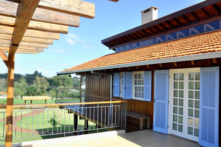 Hiên, sân thượng by Zani.arquitetura