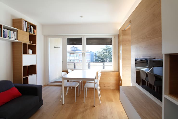 Soggiorno: Soggiorno in stile in stile Moderno di gianluca valorz architetto