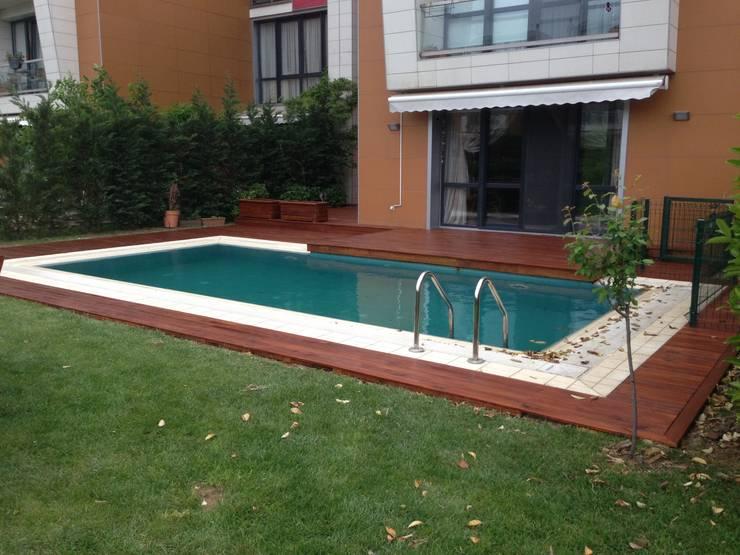 Jardines de estilo moderno por As3 Orman Ürünleri San Ve Tic Ltd Şti