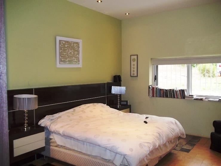 Dormitorio Principal: Dormitorios de estilo  por Liliana almada Propiedades,Colonial
