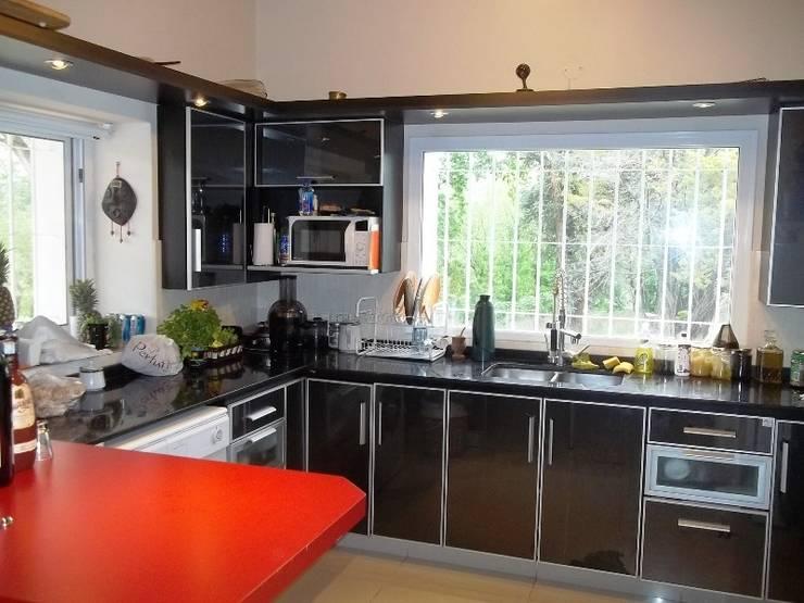 Cozinhas coloniais por Liliana almada Propiedades