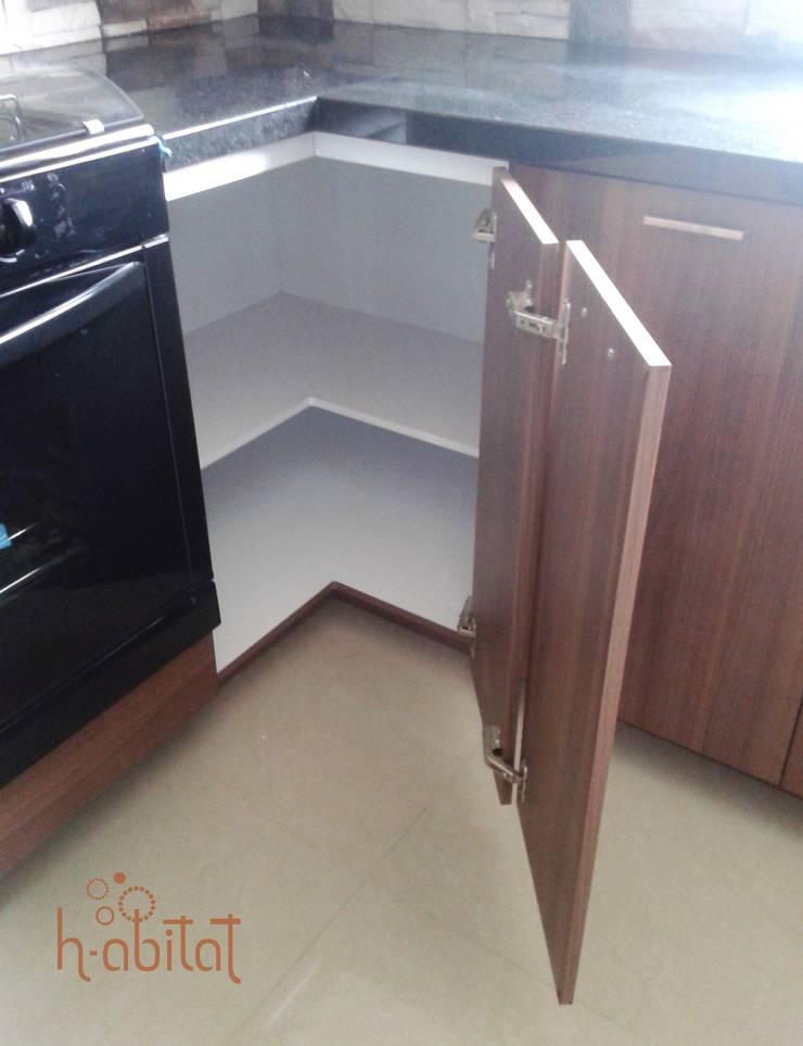 Кухни в . Автор – H-abitat Diseño & Interiores , Модерн ДСП