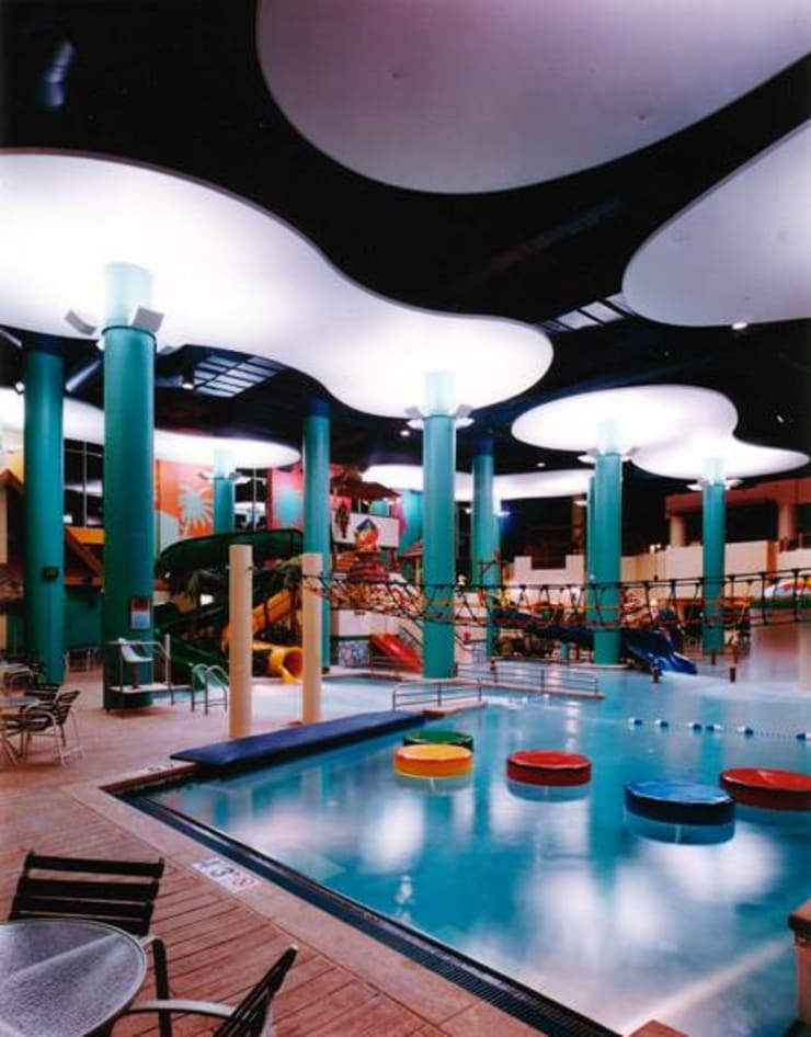 Internova Stretch Ceiling & 3d Flooring  – Kapalı Havuz Gergi Tavan Aydınlatma Sistemi / Indoor swiming pool stretch ceiling system: modern tarz , Modern