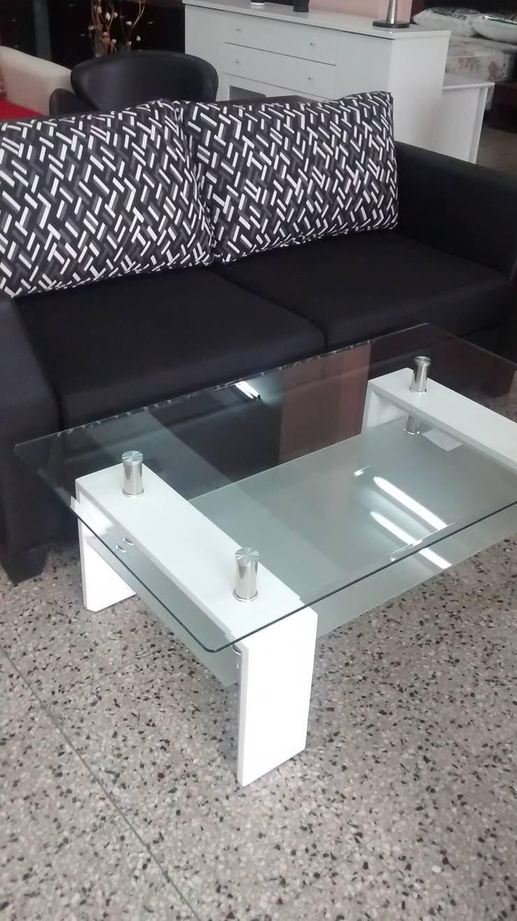 Showroom: Livings de estilo  por Disegno´s muebles,