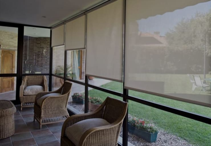 Paesaggio d'interni in stile  di SyM Equipamientos