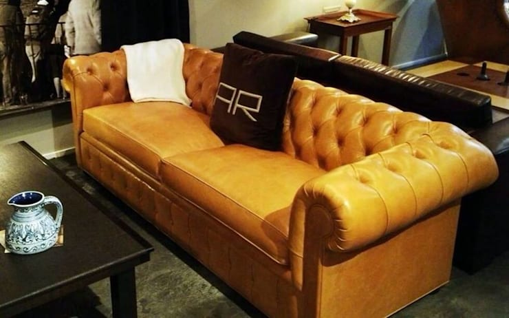 Chesterfield by Xime Russo Interiores: Bodegas de estilo  por Xime Russo Interiores