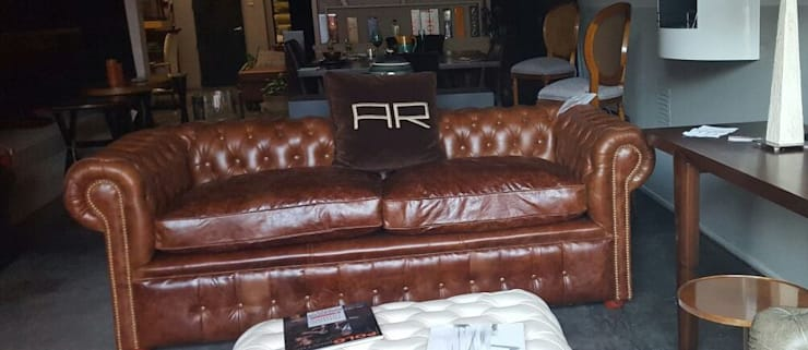 Chesterfield by Xime Russo Interiores: Comedores de estilo  por Xime Russo Interiores