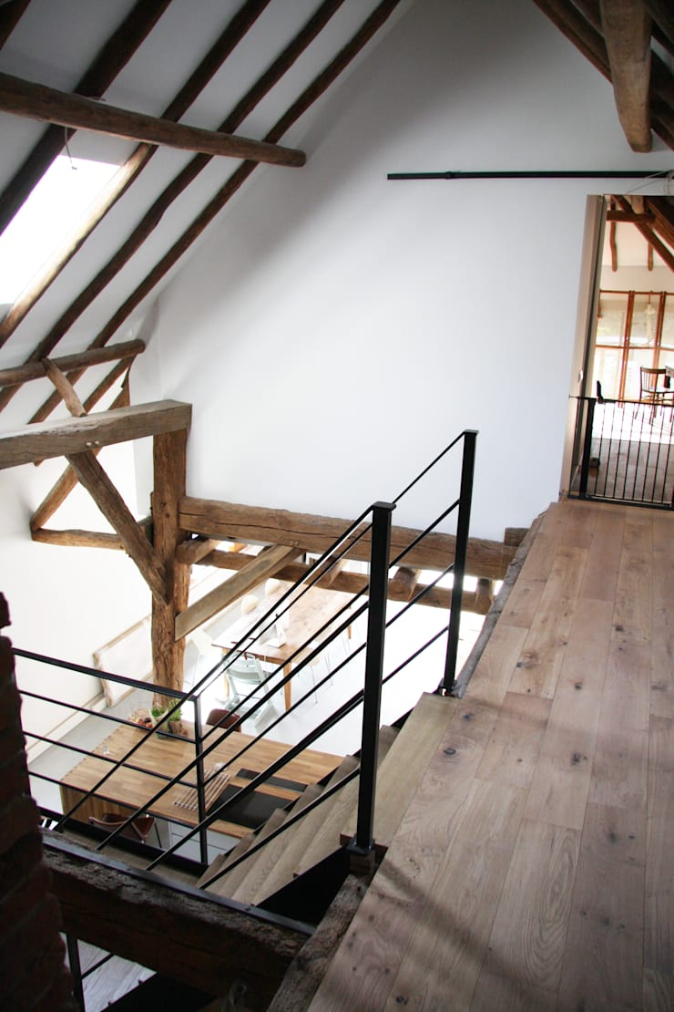 vide keuken:  Gang en hal door Arend Groenewegen Architect BNA, Landelijk