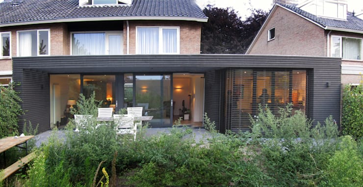 nieuwe gevel:  Huizen door Arend Groenewegen Architect BNA, Modern