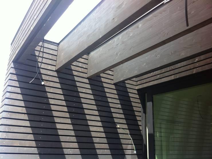 ritme in hout :  Huizen door Arend Groenewegen Architect BNA, Modern