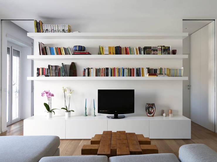 غرفة المعيشة تنفيذ maria adele savioli architettura