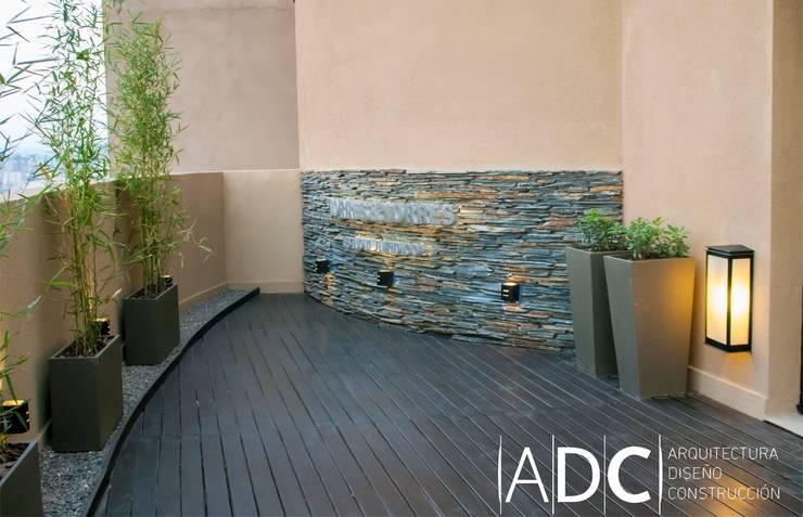 Diseño terraza: Estudios y oficinas de estilo  por ADC - ARQUITECTURA - DISEÑO- CONSTRUCCION