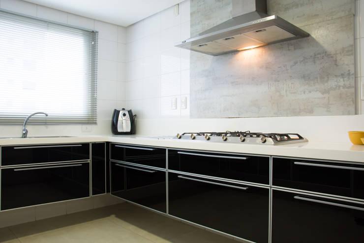 Kitchen by João Luís Linck | Arquitetura