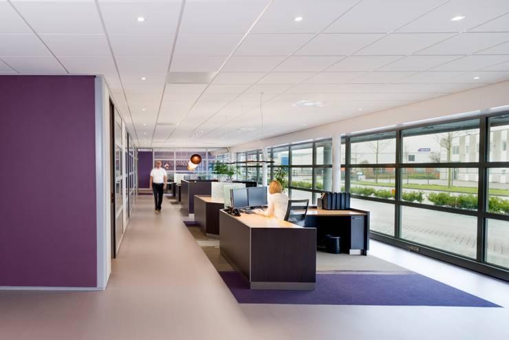 Open werkruimte kantoor Amendex:  Kantoorgebouwen door INZIGHT architecture