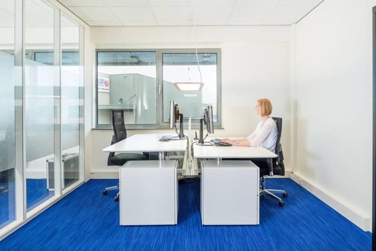 Kantoorruimte EnSafe:  Kantoorgebouwen door INZIGHT architecture