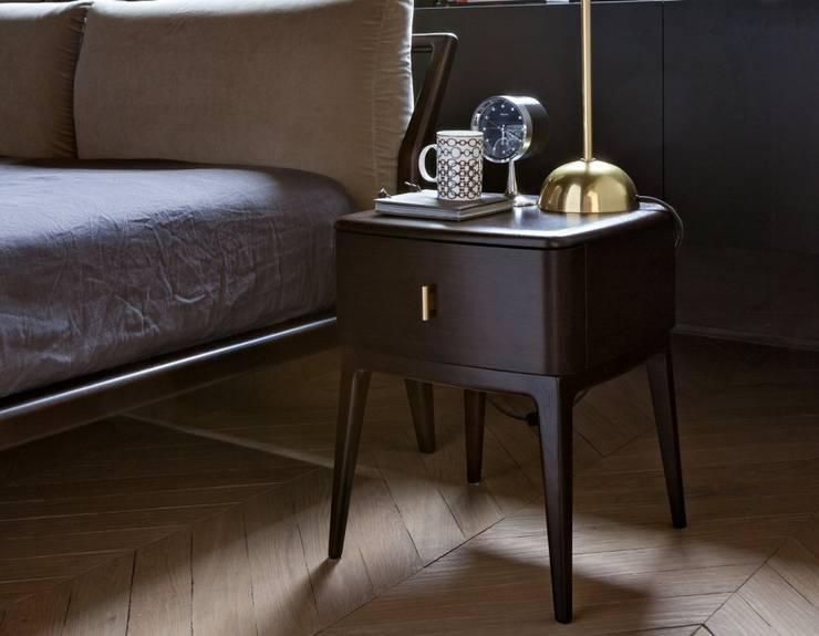 Bedroom by INTERIORS TON SARRÀ