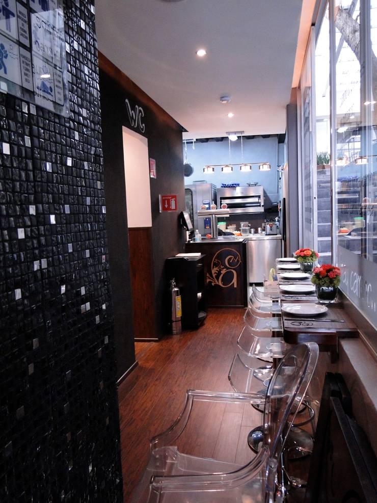 Interior:  de estilo  por Pereg&Teran Arquitectos