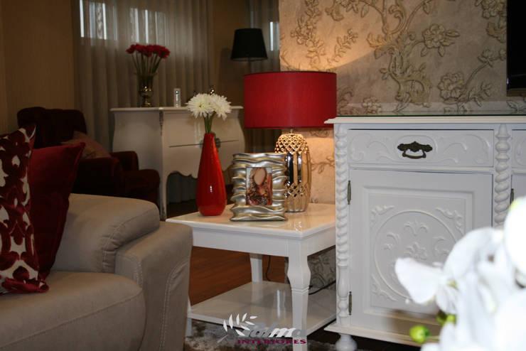 Depois - Sala de estar:   por Palma Interiores
