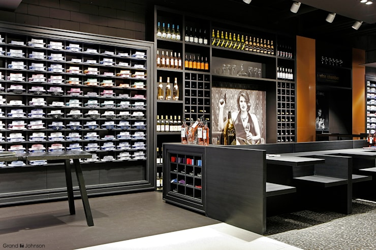 House of Men store:  Winkelruimten door Grand & Johnson, Modern