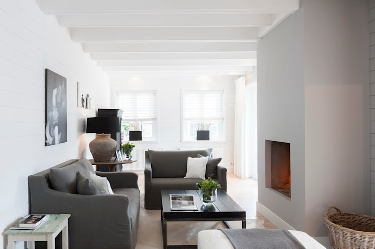 Living room by Brand BBA I BBA Architecten