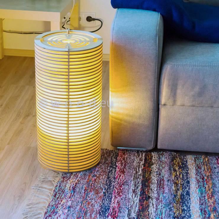 Bodenlampe Stehlampe In 3 Hohen Von Wood Manufaktur Homify