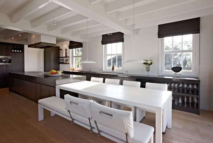 Landelijke woning MiCasa: landelijke Keuken door Brand BBA I BBA Architecten