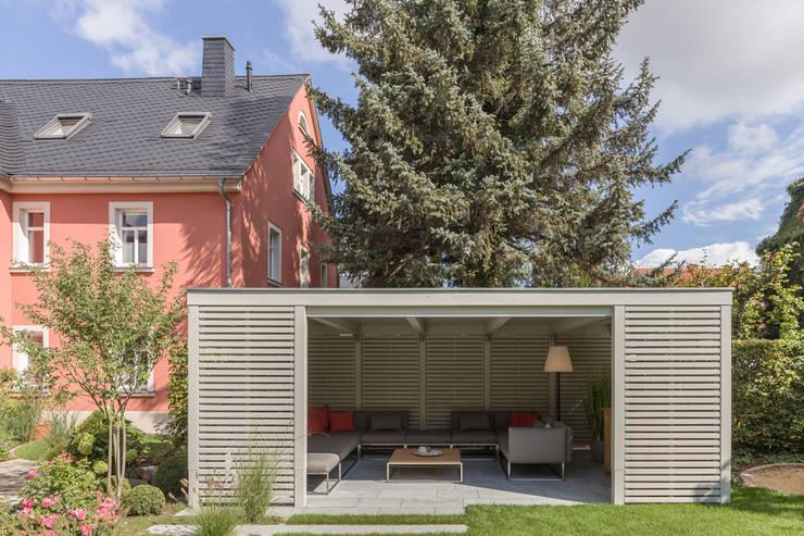 庭院 by dieMeisterTischler