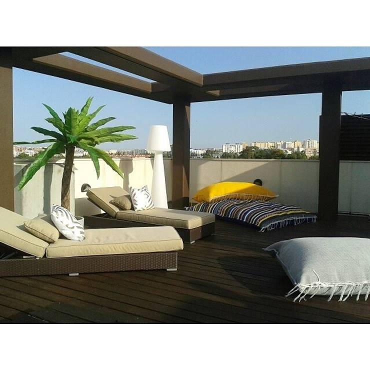 Puffs by allDesign: Casa  por all Design  [Arquitectura e Design de Interiores]