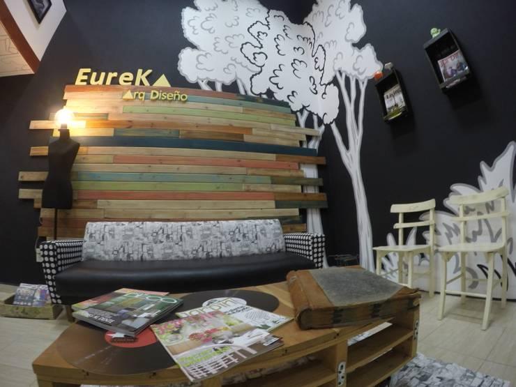 Espacio de reunión: Oficinas y Tiendas de estilo  por Anabela Tuninetti - Deco & Vanguardia,