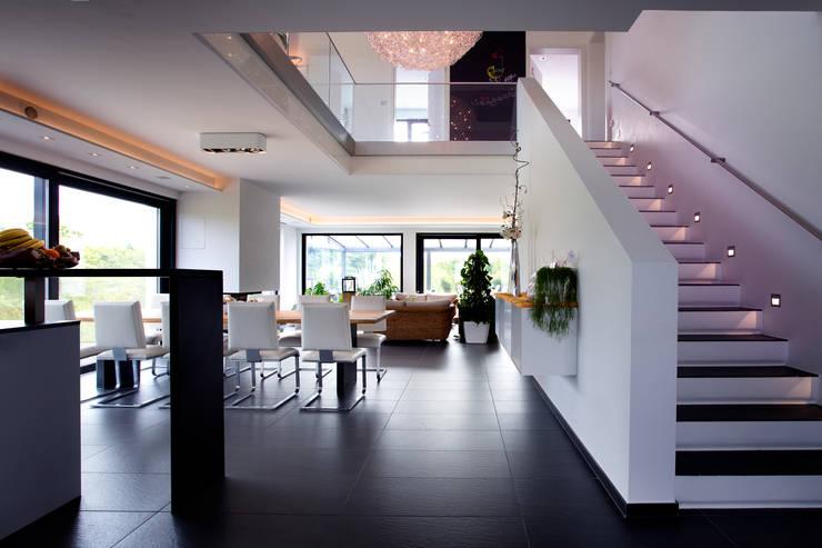 Living room by Klaus Geyer Elektrotechnik