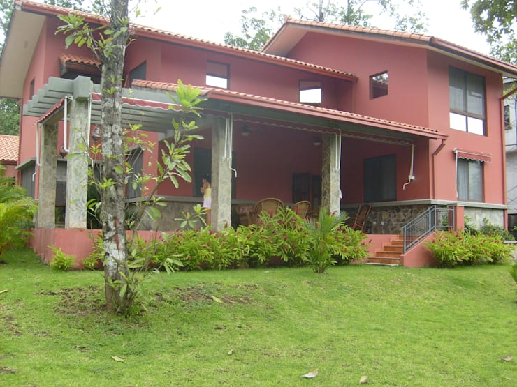 Toldo Indicos (brazo punto recto para tu Terraza): Jardín de estilo  por GAVIOTA MEXICO