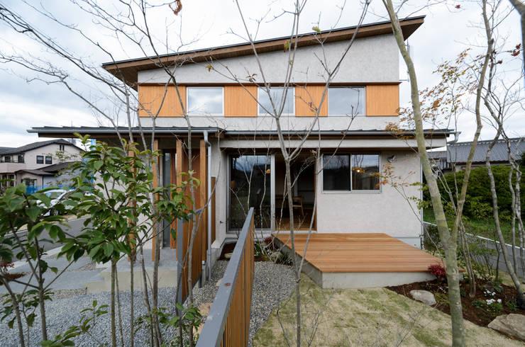 บ้านและที่อยู่อาศัย by バウムスタイルアーキテクト一級建築士事務所