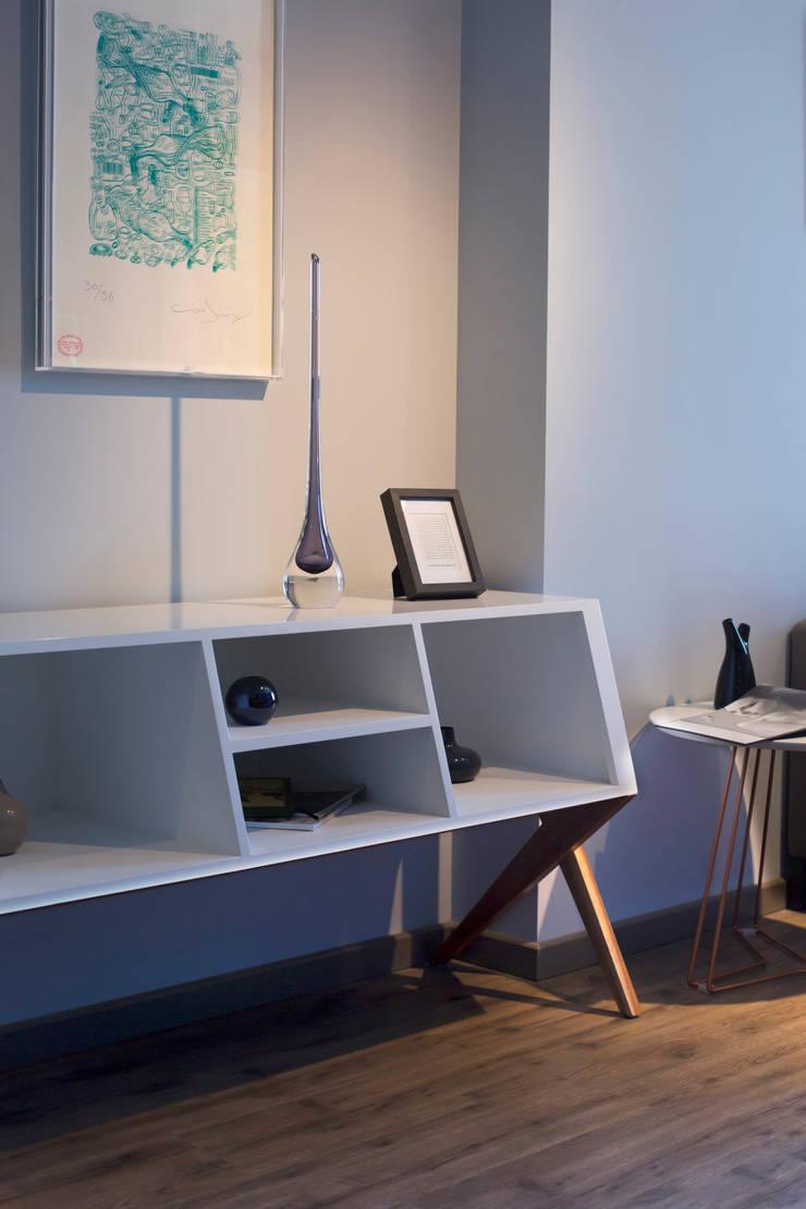 Departamento Muestra Torre Adamant II: Salas de estilo  por LF Oficina de Arquitectura
