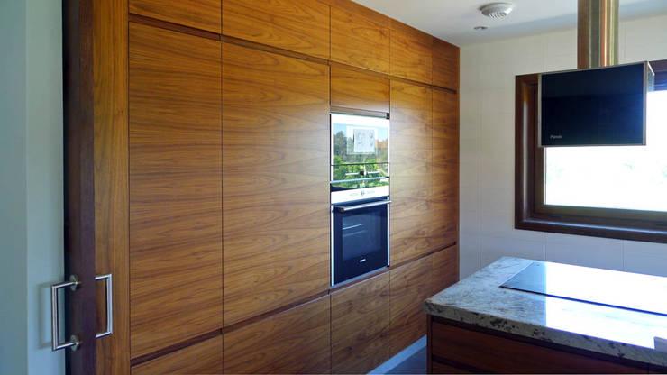 Cocinas de estilo  por AD+ arquitectura