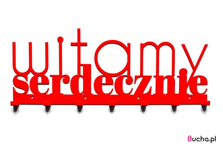 Witamy serdecznie, czerwony wieszak na ubrania do przedpokoju w kolorze czerwonym: styl , w kategorii Korytarz, hol i schody zaprojektowany przez Bucha
