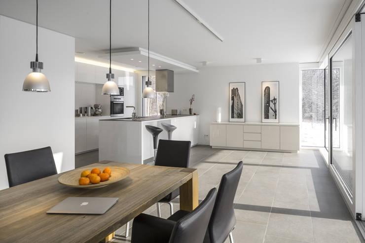 Essen / Küche:  Esszimmer von gerken.architekten+ingenieure