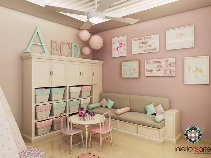 Habitaciones infantiles de estilo  por Interiorisarte
