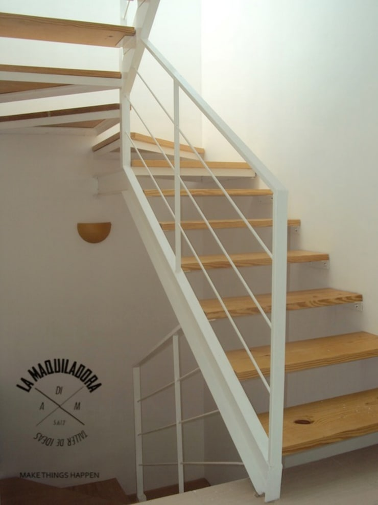 Conjunto Zen House: Pasillos y recibidores de estilo  por La Maquiladora / taller de ideas