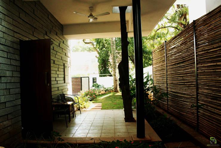 RESIDENCE FOR TALWAR:  Terrace by de square