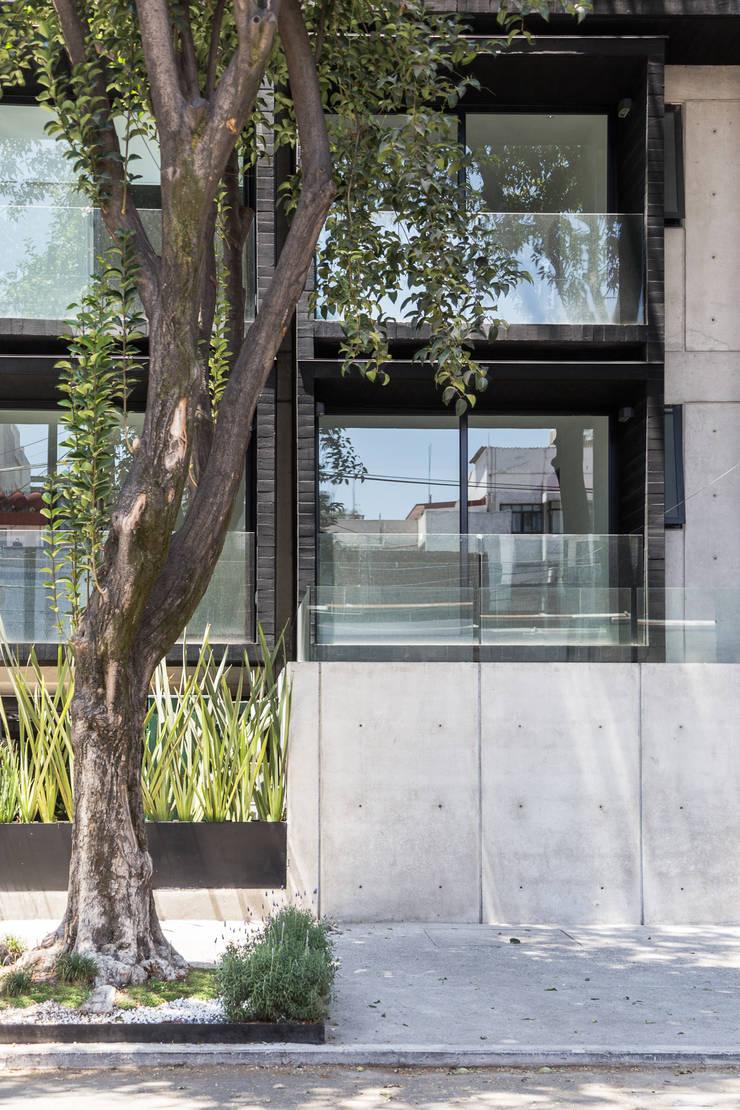 Rumah oleh PHia, Modern