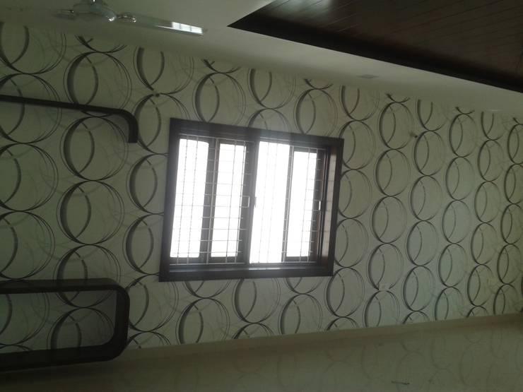 Wallpapers in Hyderabad:  Corridor, hallway & stairs  by Eight Streaks Interiors