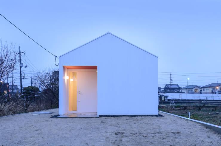 modern Houses by 風景のある家.LLC