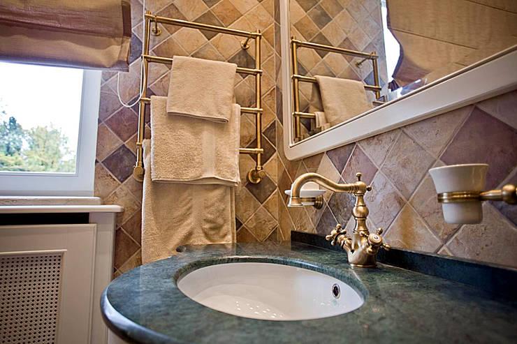 корпоративный дом: Ванные комнаты в . Автор – alexinteriorus