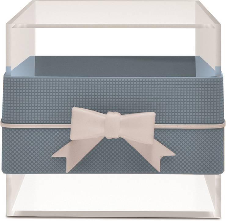 MULTI-USE BOX WITH RIBBON BLUE/GREY: Casa  por Manuela Bento Decor