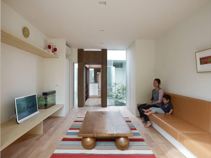 藤原・室 建築設計事務所의  거실